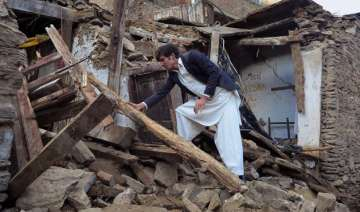 over 300 dead in pak afghan quake - India TV
