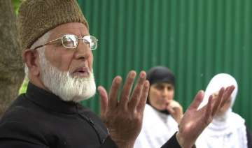 unfortunate that geelani unable to see ailing...