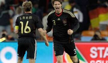 germany beat ghana 1 0 to qualify for knock out...