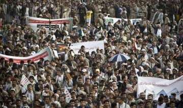 supporters of yemen s rebel houthi movement...