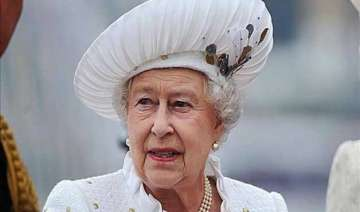 queen elizabeth ii becomes world s oldest monarch...