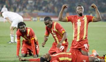 gyan puts ghana into quarterfinals over us 2 1 -...