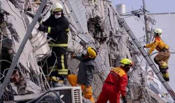 taiwan holds nationwide mourning for quake...