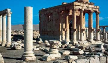 isis blows up ancient temple in syria - India TV