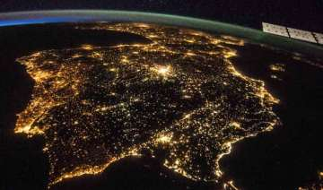 10 gorgeous images of earth released by nasa to...