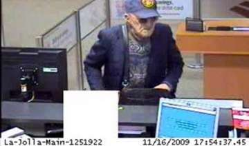 old man commits bank robbery in usa for 10th time...
