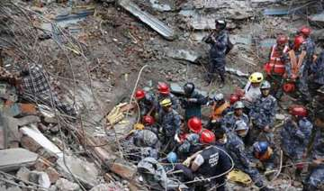 nepal earthquake woman rescued alive after 128...