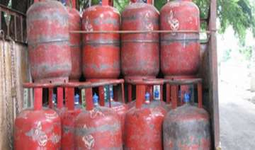 indian oil blocks 10.2 lakh domestic lpg...