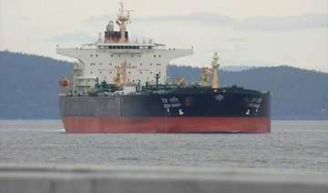 iran detains indian ship carrying oil from iraq -...
