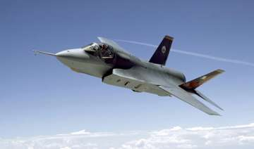 japan chooses f 35 as mainstay fighter jet -...