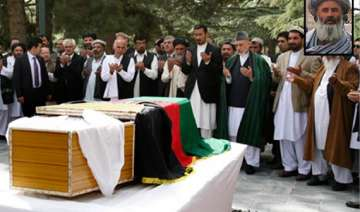 killer of karzai s aide received calls from...