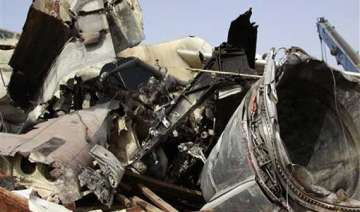 nigeria reviews toll in air crash to 159 - India...