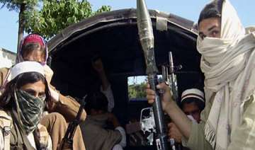 pak taliban releases 17 hostages - India TV
