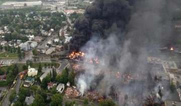 petrochemical train explodes in canada - India TV