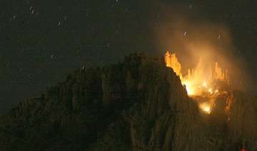 plane with 6 aboard crashes in arizona mountains...