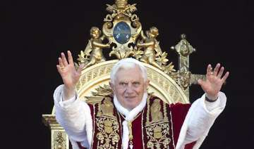pope urges end to syria bloodshed peace worldwide...