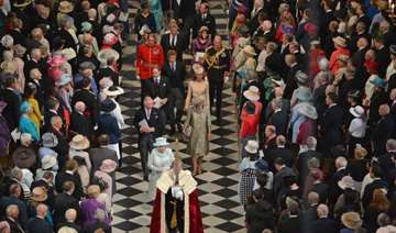 queen participates in thanksgiving ceremony at st...