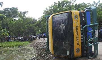road accident kills 42 school children in...