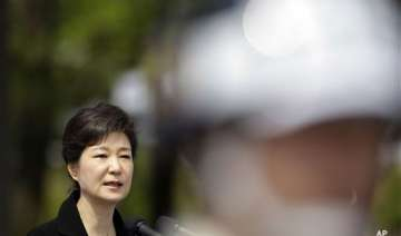 south korean president visits indian book...
