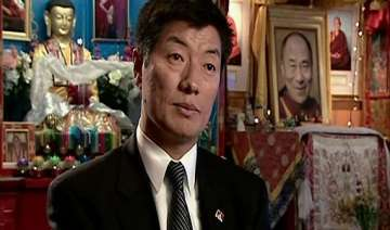 tibetan pm in exile lauds india on i day - India...