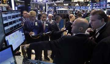 us shutdown stalemate enters eighth day - India TV