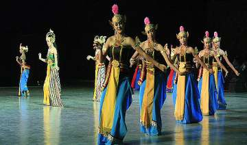 watch indonesian ramayana ballet in pics - India...