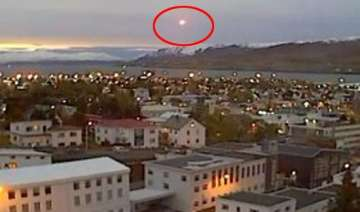 watch video super bright ufo crashes over iceland...