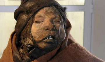 watch pics of incan girl who had been frozen for...