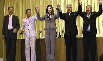 yingluck to lead thai coalition military accepts...