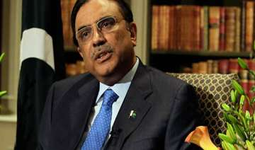 zardari not to file response in sc aide - India TV