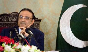 zardari returns to pakistan - India TV