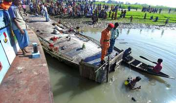 23 saved 50 missing in bangladesh boat capsize -...