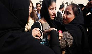12 killed in attack on polio team in pakistan -...
