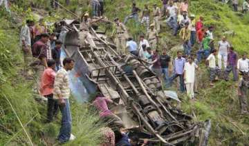 11 dead 48 injured as bus falls into gorge in...