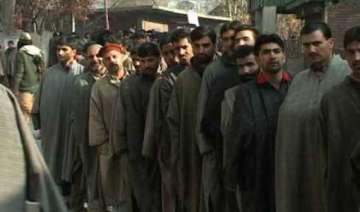 3.5 lakh first time voters in kashmir this lok...