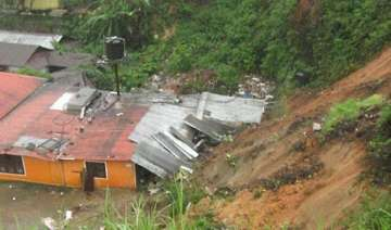 15 people feared trapped in landslide near munnar...
