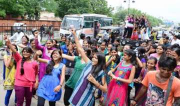 abvp trounces nsui in rajasthan university...