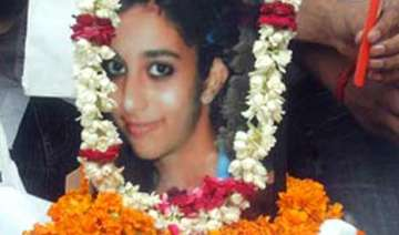 aarushi s fingerprints were not taken key witness...