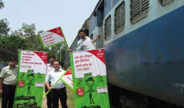 airtel ties up with irctc for railway bookings in...