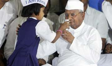 anna hazare calls off fast jail bharo stir called...