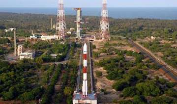 chandrayaan 2 mission to moon will be without...
