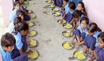 children reluctant to have mid day meal in bihar...