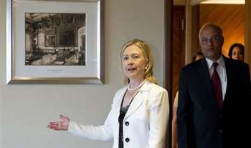 hillary clinton urges india to expand influence -...