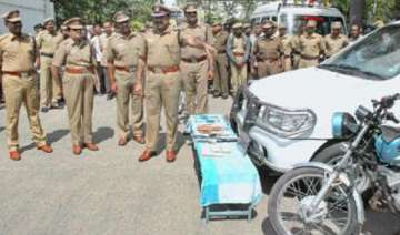 coimbatore police seizes 726 kg banned gutka...