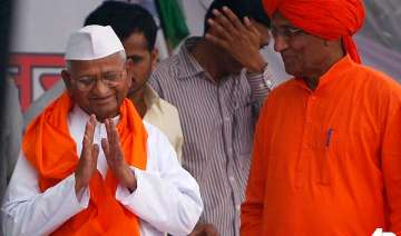 hazare rules out change in nominees in lokpal...