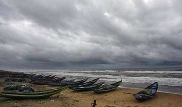 cyclonic storm thane likely to intensify - India...