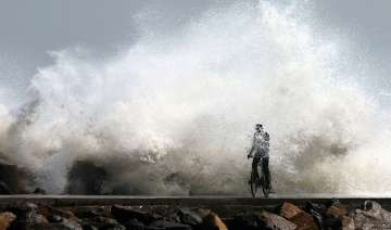 cyclone thane crosses east coast 33 killed in tn...