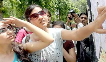 du colleges to release sixth seventh cut off...