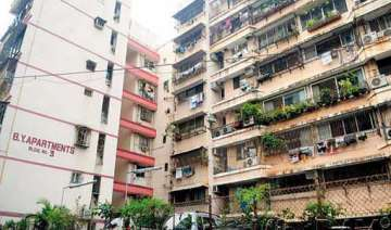 deadline to vacate flats ends campa cola...