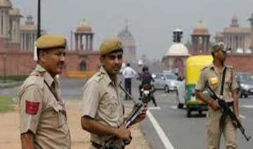 delhi police to set up centre to analyze social...